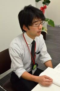 インタビューに応える高橋さん
